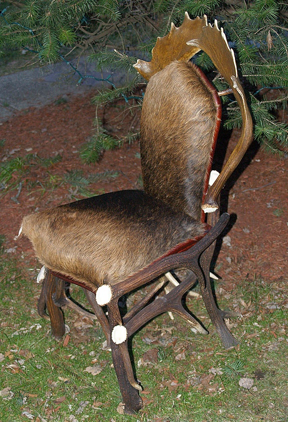 41 best images about antlers on pinterest jackson hole for Red chair design jackson wy
