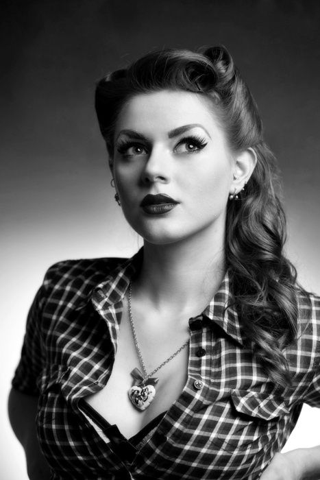 Pin Up: Hairstyles, Red Hair, Makeup, Hair Style, Redhead, Pinup, Pin Up, Hair Color, Red Head
