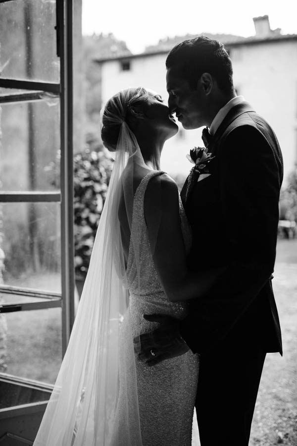 Stunning black and white wedding portrait | Image by Stefano Santucci