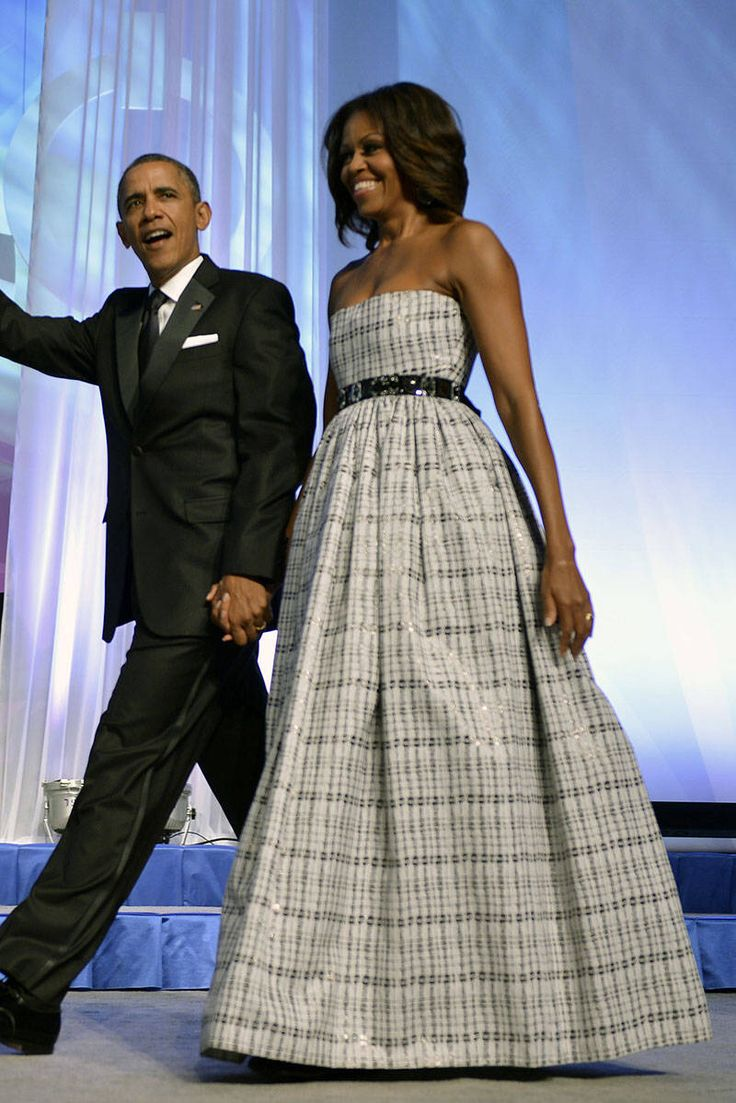 September 21, 2013  At the Congressional Black Caucus Foundation Annual Phoenix Awards dinner, she cinches her fancy gown with a J.Crew belt. The perfect high-low mix.