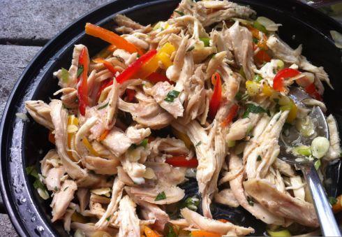 Italian Chicken Salad in Lettuce Cups / Giada