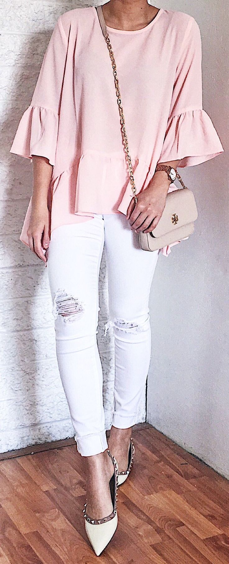 #summer #outfits Y'all Already Know I Wouldn't Pass Up A Blush Pink Top With A Ruffle Hem  I Love How Flowy This Top Is! As A Tip, This Top Runs Extremely Big So Order A Size Down! I Got It In An XS And It Fits More Like A S/M! // Pink Ruffle Blouse + White Ripped Jeans + White Pumps