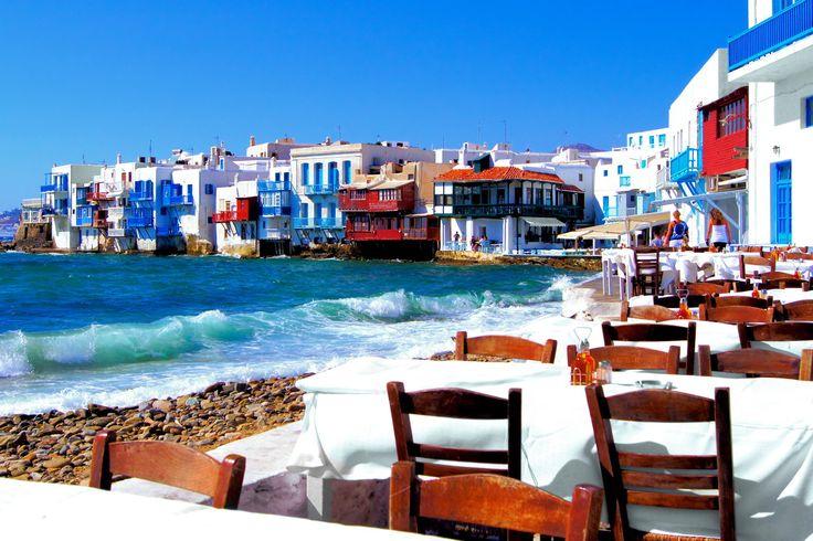 Πολυτέλεια, ήλιος, θάλασσα και ξεχωριστές στιγμές: απολαύστε το μεγαλείο των πιο διάσημων ελληνικών νησιών