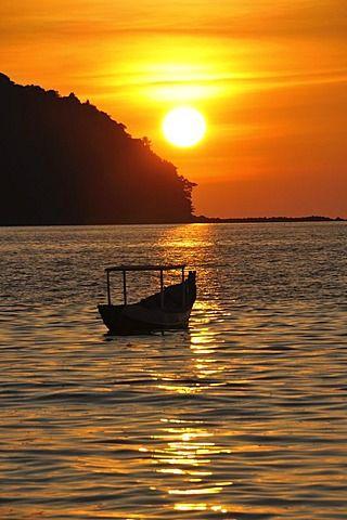 Boat at sunset, Ngapali Beach, Thandwe, Burma, Myanmar, Southeast Asia