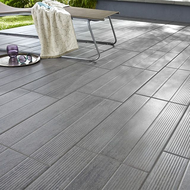 Carrelage terrasse gris 31 x 61 8 cm vieste castorama for Photo terrasse carrelage gris