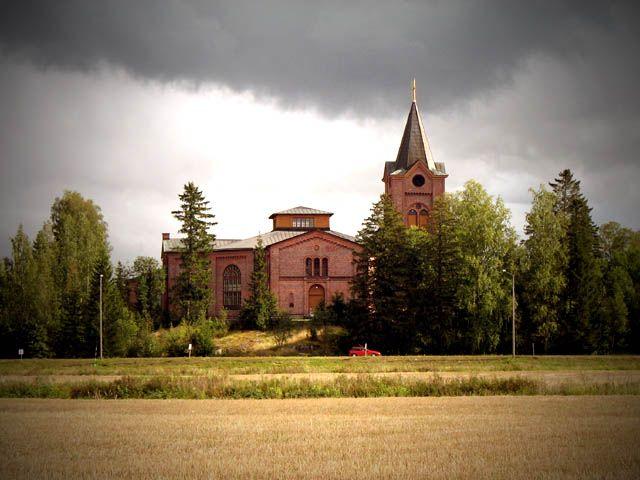 Isonkyrön uusi kirkko. Kuva: MV/RHO Maria Kurtén 2007
