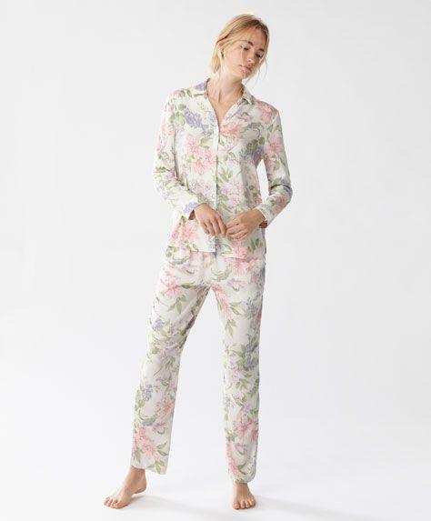 Calças compridas rosette - Compridos -Tendências AW 2016 em moda de mulher na Oysho online: roupa interior, lingerie, roupa desportiva, étnica, boho, sapatos, complementos, acessórios e moda de banho.