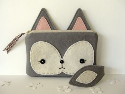 Such an adorable pouch! Will attempt... Eventually.