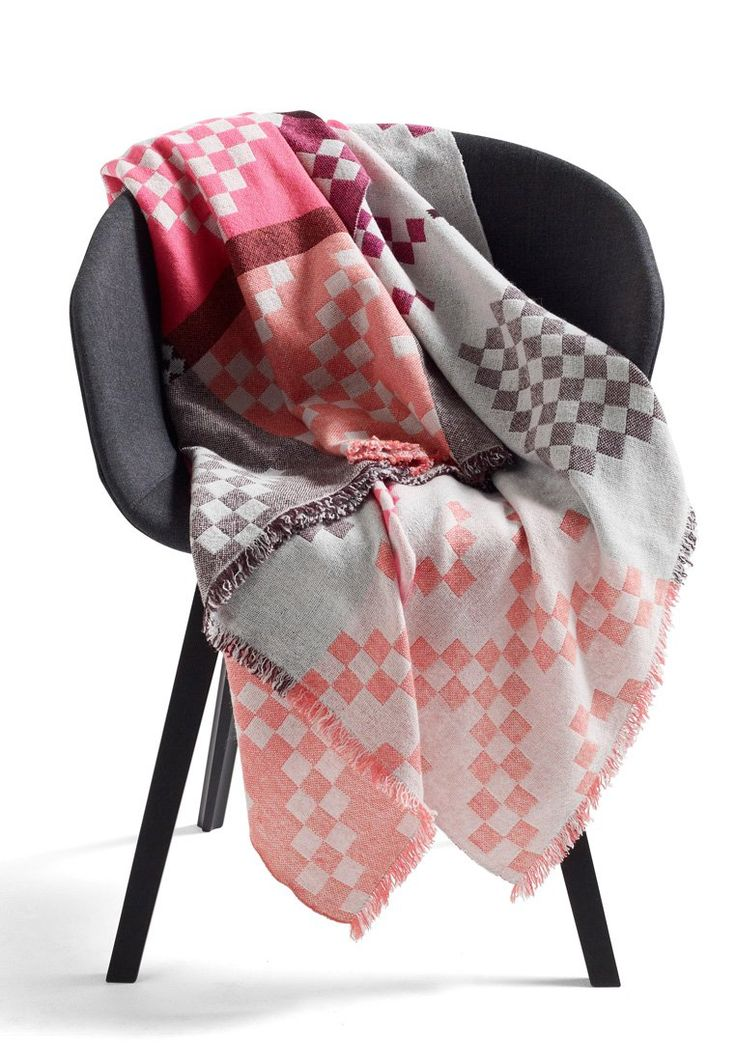 Hay- PLUS 9 - Plaid - pink- only 229 Euro :P
