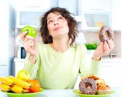 Ce cauzează poftele de mâncăruri? Există pofte cauzate de o lipsă de nutrienți în organism?     Cu toții am resimțit la un moment dat efectul poftelor alimentare asupra comportamentului nostru. Indiferent dacă a fost o poftă de prăjituri cappuccino sau pizza pofta s-a resimțit probabil la fel de instens în fiecare caz. Dar de ce simțim aceste pofte alimentare? Este oare pofta alimnetară o modalitate a corpului de a ne spune că avem nevoie urgentă de o serie de nutrienți specifici? Oare de…