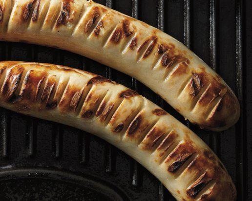 Hoe grill ik worsten? GEGRILDE BRAADWORST