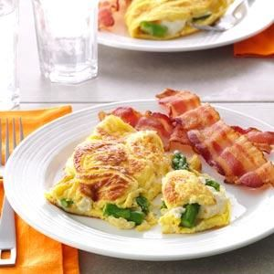 Asparagus Cream Cheese Omelet for 2