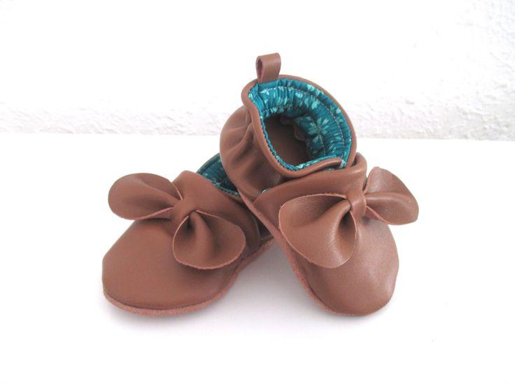 Chaussons cuir de veau souple , noeuds en cuir, idéal cadeau naissance 18 : Mode Bébé par leopitam