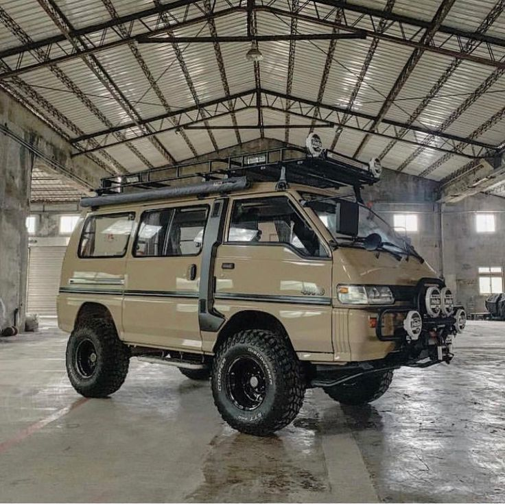 """Mitsubishi Delica 4x4 Camper Elevating: Blue Ridge Overland Gear On Instagram: """"Now This Is One"""