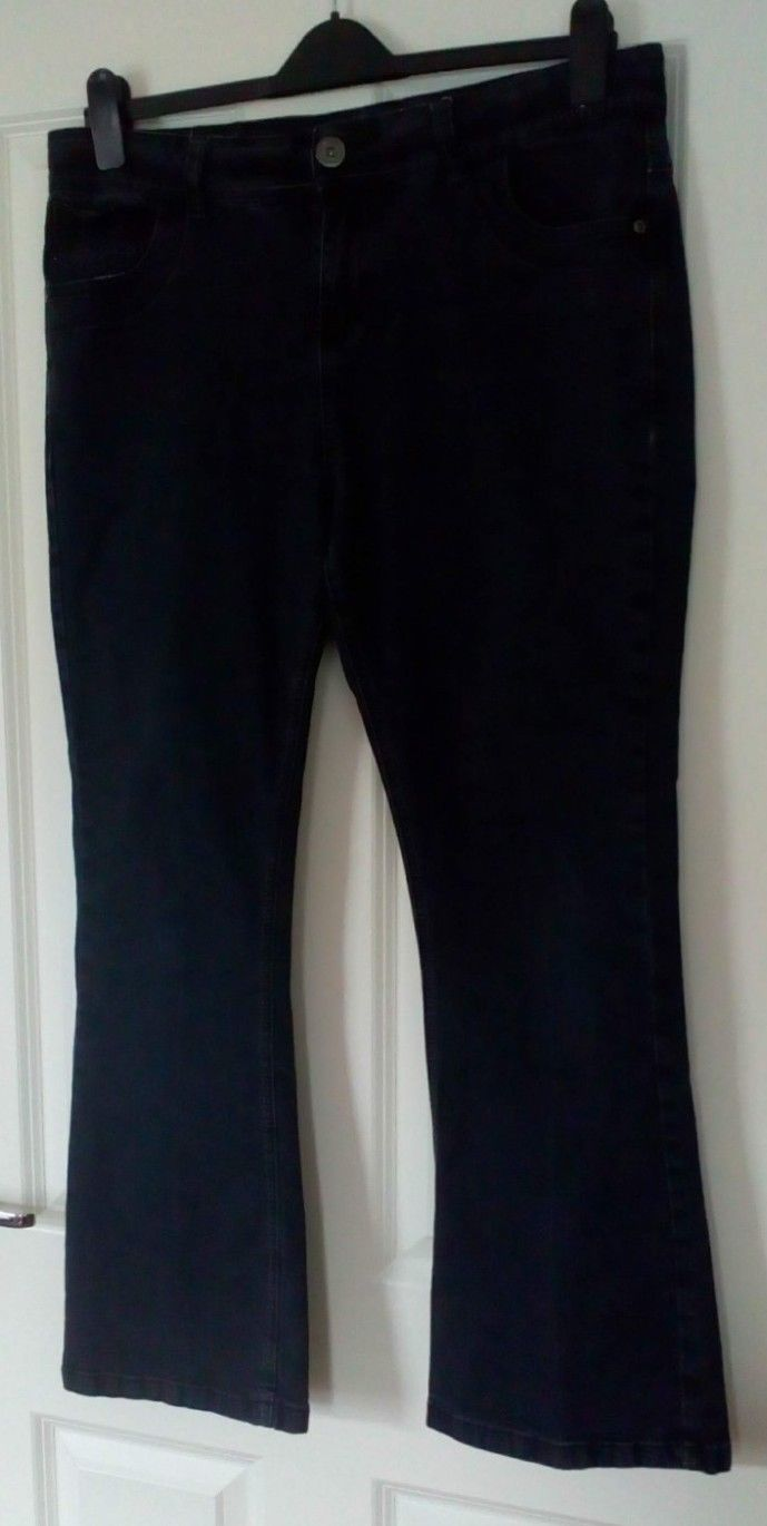 8a5f14f23 Details about Dorothy Perkins Bootcut Jeans - Size UK 16 - Black - Stretch