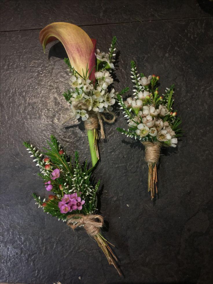 Boutonnieres: Burnt Calla, White Heather, Cerise Pink Wax Flower, Wax Flower tied with twine