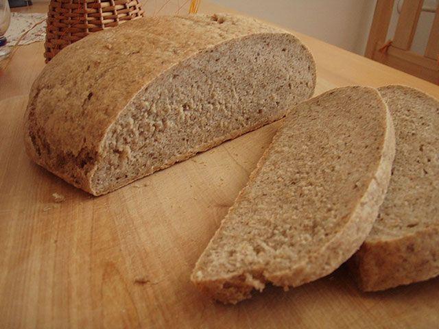 Upečte si domácí celozrnný žitný chléb | SoftImage Magazín