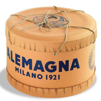 """THE HISTORY OF PACKAGING - ALEMAGNA PANETTONE Nella Milano degli anni Venti, dalla passione di due fratelli per il forno, viene fondata #Alemagna. Con Alemagna il Panettone diventa un dolce per tutti. Negli Anni '50 i Panettoni Alemagna iniziano a essere spediti in tutto il mondo con le caratteristiche cappelliere con la """"A"""" maiuscola. La Cappelliera Alemagna è il formato più autentico ed esclusivo, icona di un #brand e di un prodotto che viene riconosciuta e vive anche fuori dal punto…"""