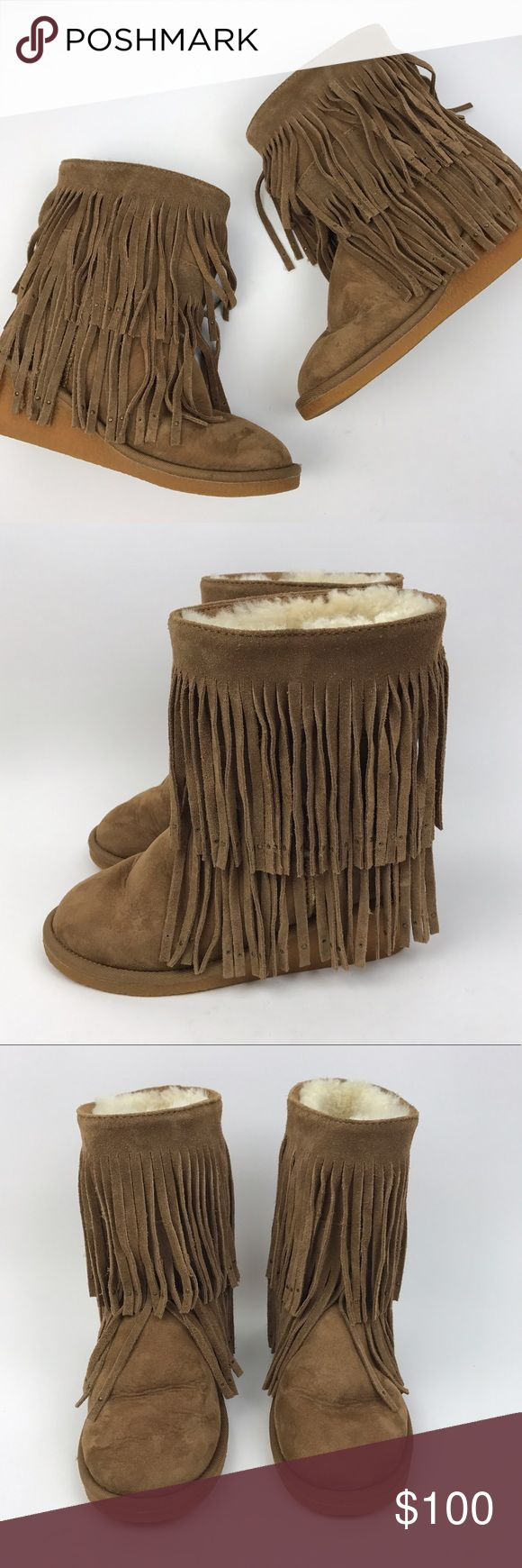 """🚫Koolaburra Savannity II Suede Fringe Wedge Boots Celebrity favorite style. Cozy Shearling lined Suede boots. Double row of Fringe accented with tiny micro studs. Low wedge heel. Chestnut tan color. As seen on Kate Hudson, Ariana Grande, Haylie Duff, and more.  🔹Shaft Height: 7"""" 🔹Heel Height: 2"""" 🔹Condition: Excellent pre-owned condition. Light signs Koolaburra Shoes Winter & Rain Boots"""