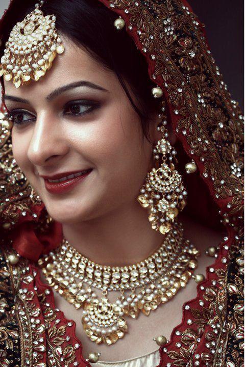 ooohhhh....amazing punjabi traditional jewellery.... #PunjabiGoldJewellery