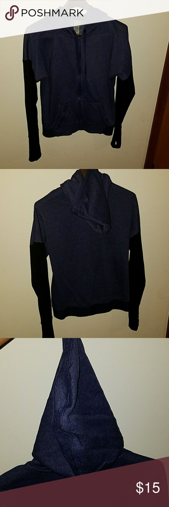"Champion Size S Women's Zip Up Sweatshirt Champion Size S Women's Zip Up Sweatshirt.  This sweatshirt is two timed where the core of the sweatshirt is a dark purple and the sleeves and bottom hem are black. Each sleeve has a thumb hole and a stretchy ""cuff"" that goes about mid forearm. Very warm sweatshirt. Only worn a few times and is in great condition. Champion Tops Sweatshirts & Hoodies"