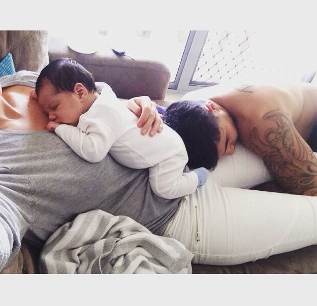 I can't wait to have this moment in life. This looks like the most satisfying view ever baby fever at its finest!