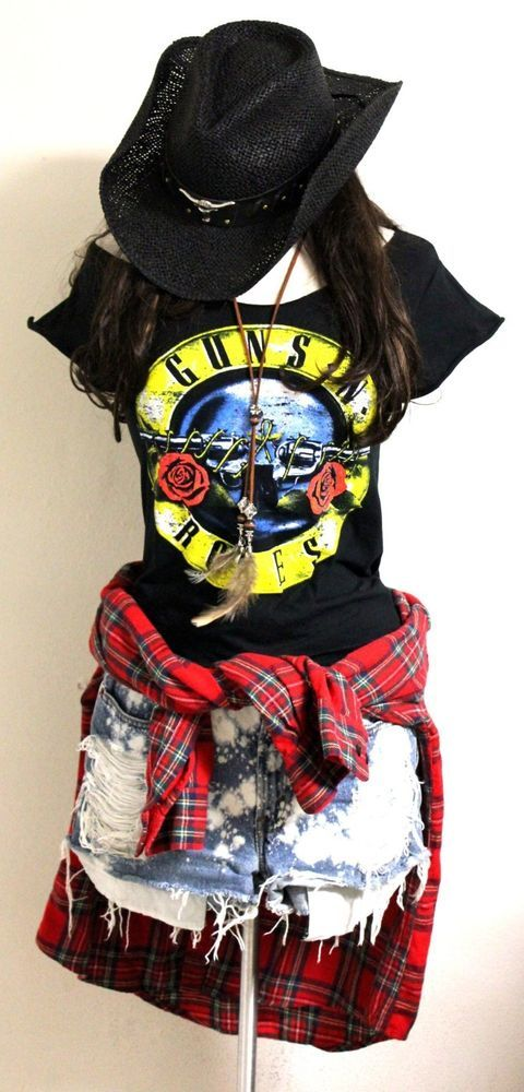Guns n Roses Bullet Tee Scoop Neck by Julia Takai (Handmade) S - XXL #Handmade #GraphicTee