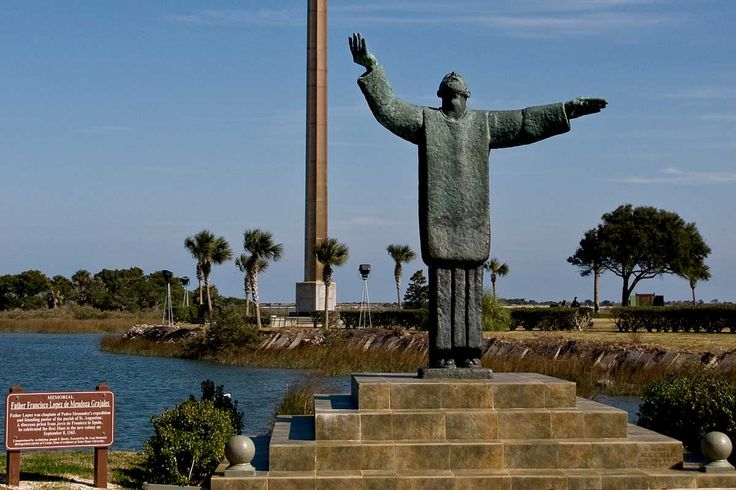 Learn about the Mission Nombre de Dios in St. Augustine with our complete information guide featuring historical facts, interactive map, pictures, and things to do nearby.