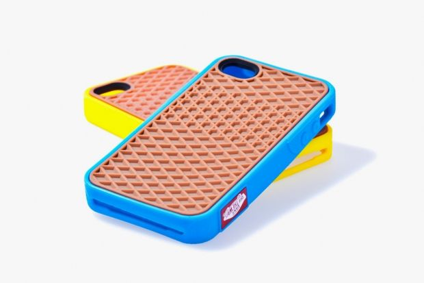 I want the Vans 2012 Rubber Waffle Case!!