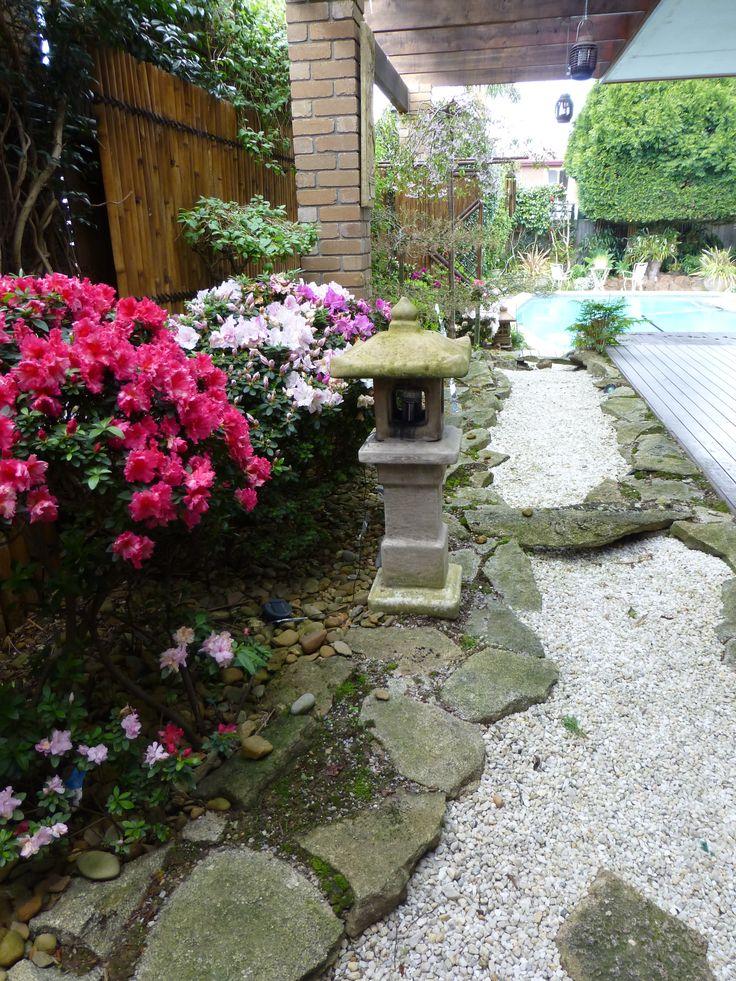 2012 Japanese garden in bloom