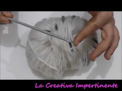 Tutorial Uncinetto: realizzare uno scaldacollo con bottoni | DIY crochet short scarf, cowl