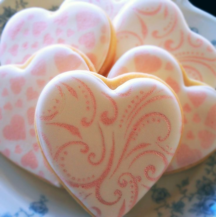 My Cookie Clinic: AIRBRUSHED BLOSSOM COOKIES/ Art Deco
