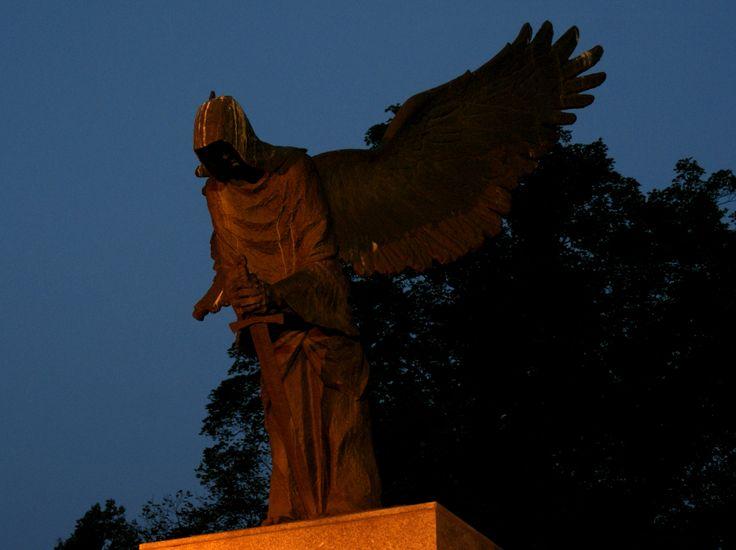 Pomnik Ofiar Zbrodni Katyńskiej | Monument to the Victims of the Katyń Massacre w Wrocław, Województwo dolnośląskie