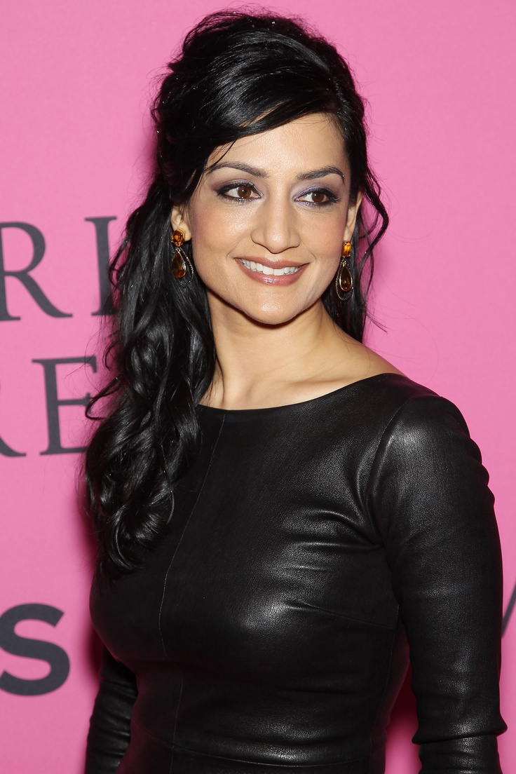 Emmy-winner Archie Panjabi. Super-glam, as always.