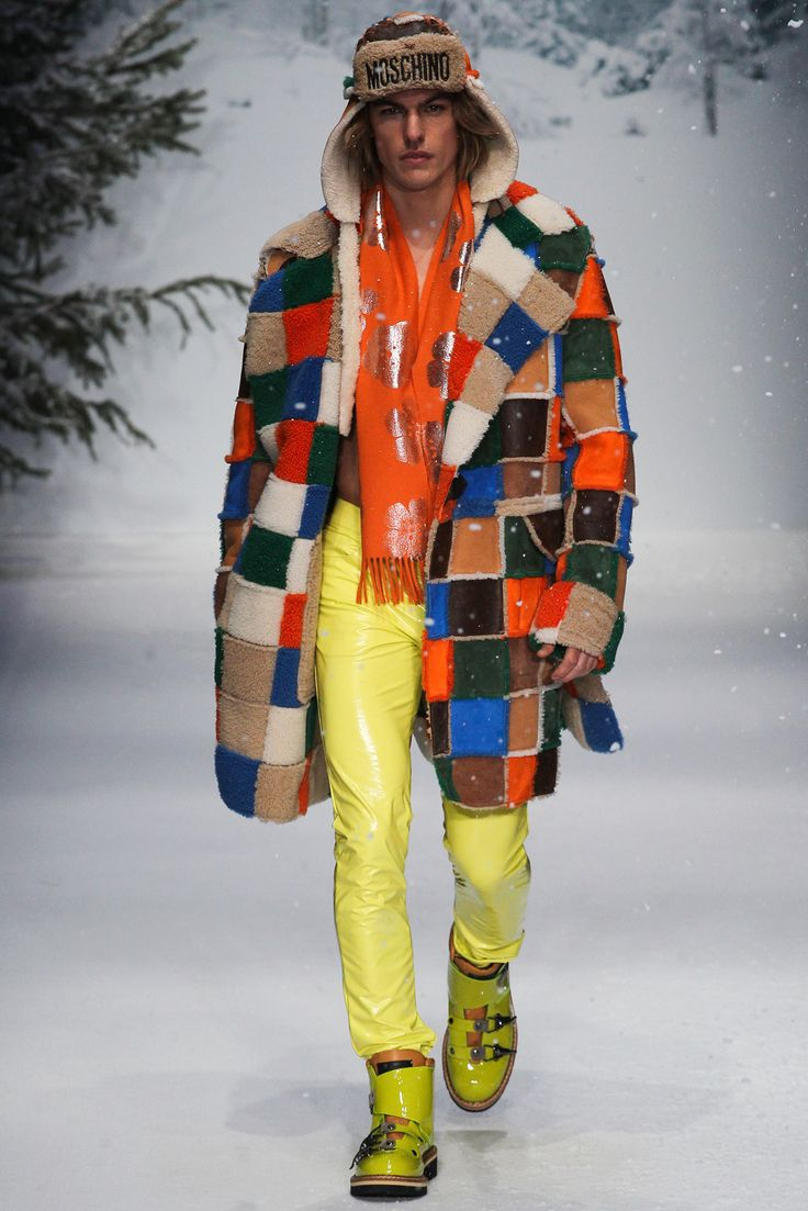 Moschino by Jeremy Scott Fall 2015 Menswear - another FABULOUS coat! This would be a must have for Fashion Week