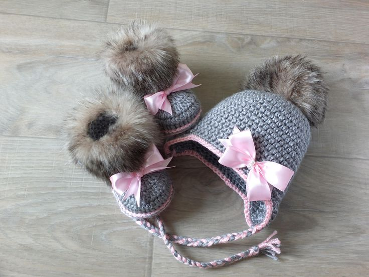 Baby girl faux fur Hat and Booties set - Hat and boots with bows - Crochet Baby Girl clothes - Newborn girl winter clothes - Baby girl gift by HandmadebyInese on Etsy