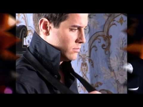 The best parts of Il Divo's songs sung by Sébastien Izambard, the french man! Enjoy the video! Las mejores partes de las canciones de Il Divo cantadas por Sé...