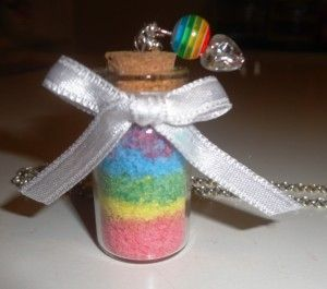 Raimbow in a bottle! With a homemade coloured sand click here -> http://www.prettybeautyblog.com/2013/11/05/sabbia-colorata/