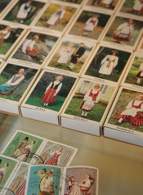 Näyttelyssä esillä olevat tulitikkurasiat ovat Juhani Kemin kokoelmista. Oulu (Finland)