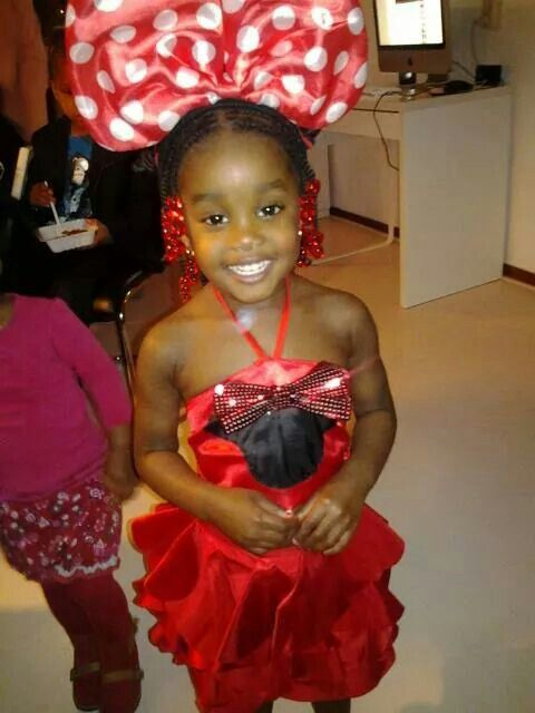 Minnie mouse outfit made by me