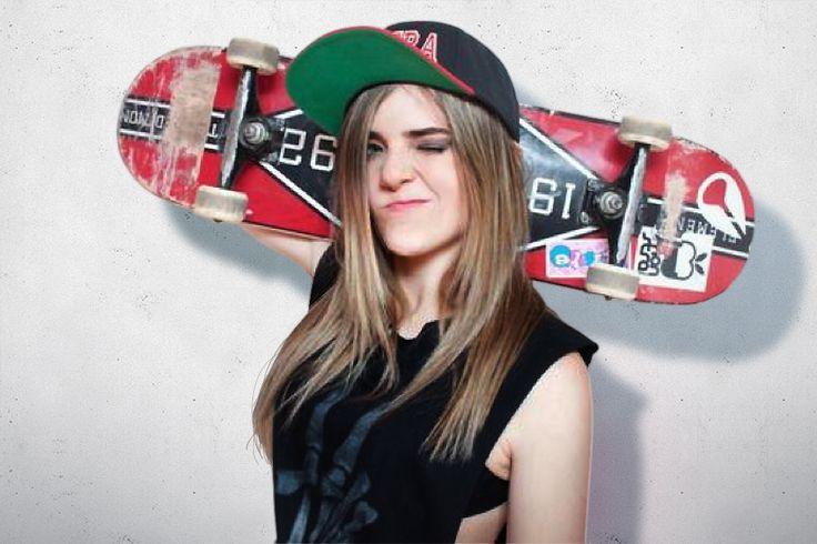 """A jovem skatista Karen Jonz é pioneira no skate feminino e foi a primeira garota a conquistar medalha de ouro no x- games além de ser a primeira campeã brasileira da história (2012) e bicampeã Mundial na categoria. É uma das poucas skatistas do Brasil que competem no vertical junto com os homens. Em uma...<br /><a class=""""more-link"""" href=""""https://catracalivre.com.br/sp/agenda/indicacao/icone-do-skate-mundial-conheca-a-trajetoria-de-karen-jones/"""">Continue lendo »</a>"""