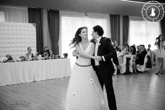 Dana & Leo - Wedding Dance by www.FirstDanceStudio.ro