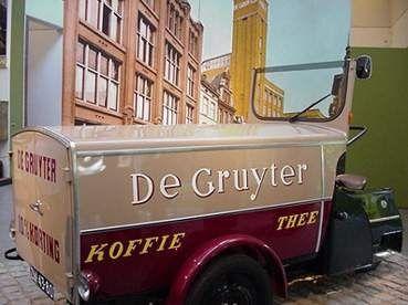 de Gruyter bakfiets uit de jaren 50-60 aan die tijd denk ik vaak terug.
