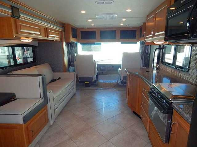 2015 New Fleetwood 2015 Fleetwood Bounder Classic 34B Class A in California CA.Recreational Vehicle, rv, 2015 Fleetwood 2015 Fleetwood Bounder Classic 34B, 2015 Fleetwood Bounder Classic 34B, demand water system, approx. 50 gal fresh water sys., one piece TPO roof, approx. 30 gal waste tank, approx. 40 gal grey water tank, 12 volt bath vent, side hinged luggage doors, patio awning, electric, 4 point auto leveling system, trailer hitch, electric double entry step, remote HTD, rear view…