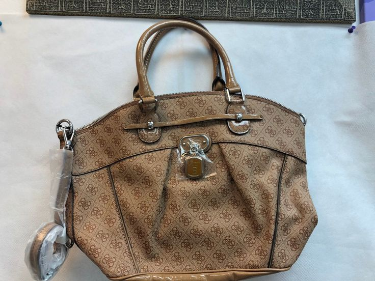 Guess Handbag and shoulder