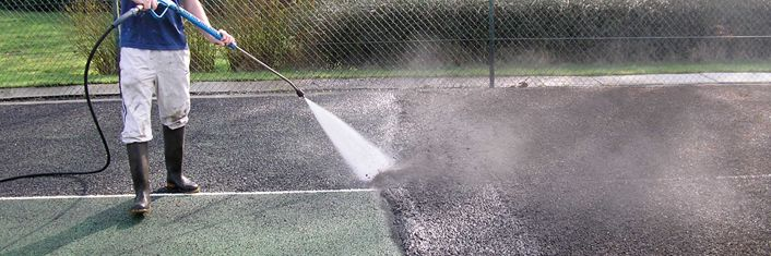 #TennisMaintenance - http://tenniscourtcontractors.co.uk/tennis-court-repairs/west-midlands/