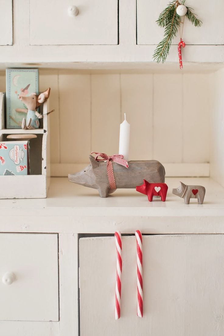 Minty House, Christmas time, Xmas, Maileg pig, candy