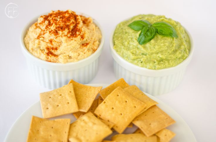 Hummus classico e al basilico, vegan hummus