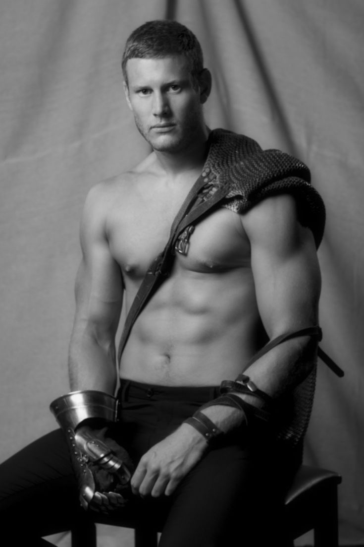 Tom Hopper  http://images5.fanpop.com/image/photos/28400000/Tom-Hopper-merlin-on-bbc-28462014-1707-2560.jpg
