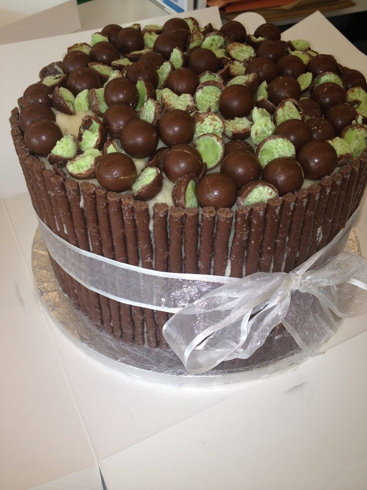 Made By Me Matchmaker Mint Aero Cake Baking